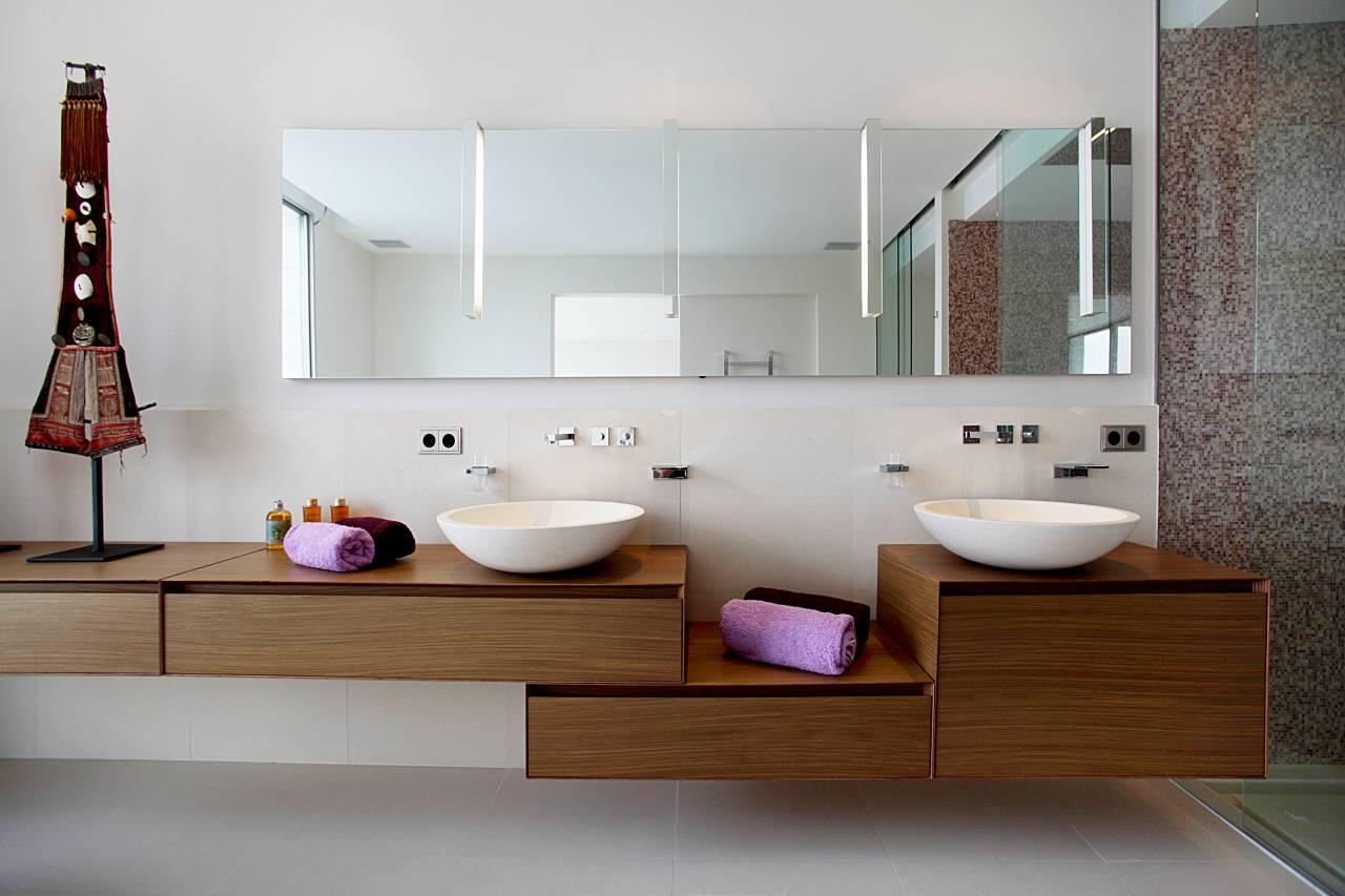 2016-19-04-10-57-01-1280-960-2-70-4.villa_arlet_bathroom_basins_interior_design_furniture.jpg